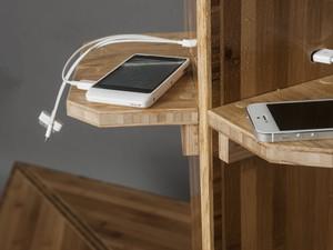 Plataforma recarrega de 9 a 12 celulares ao mesmo tempo (Foto: Diego Castro, Estúdio Castro/reprodução)