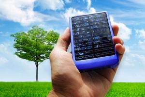 O chip EH-01 da startup brasileira pode ser inserido em dispositivos móveis e sensores para gerenciar todo o processo de captura de energia, inclusive solar (fonte: info abril/reprodução)