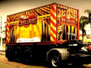Caminhão é movido a energia solar (imagem: G1/reprodução)