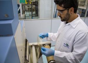 Processo de fabricação demora minutos enquanto que películas biodegradáveis convencionais levam, pelo menos, 24 horas para ser fabricadas - Foto Vanessa Lopes