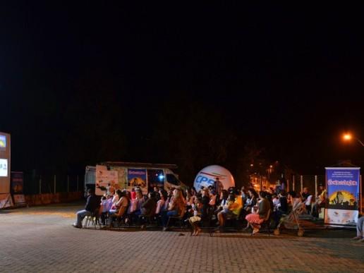 O Cinemóvel exibirá os filmes gratuitamente ao ar livre para toda a população da cidade. (Foto: Paulo Perez/reprodução)