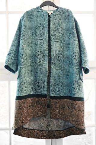 Casaco da coleção Conscious Exclusive, da H&M (Imagem: Uol/reprodução)