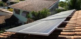 13ago2015---isabel-e-professora-de-enfermagem-e-instalou-neste-mes-um-painel-solar-em-casa-sua-conta-de-luz-diminuiu-de-400-para-80-ao-mes-1452902250783_615x300