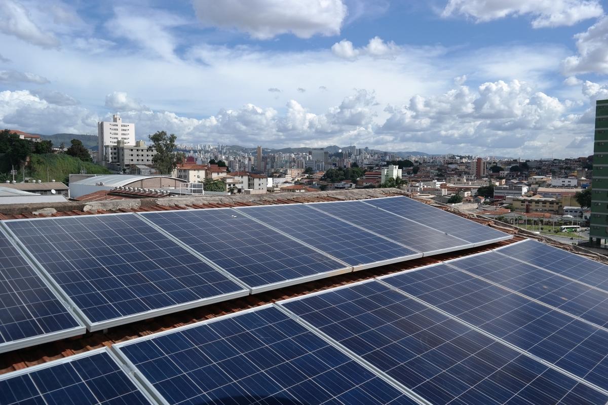 Energia solar: simulador revela quanto custa tornar a sua casa autossuficiente