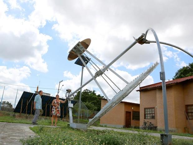 Disco solar é ideal para áreas rurais, onde contaminação de poços é comum Foto Divulgação-Uenf