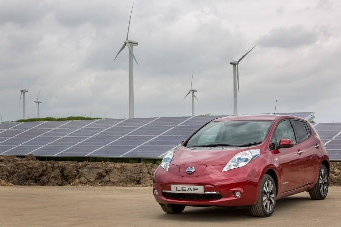 Nissan começa a usar energia solar para produzir carros no Rein