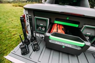 Nissan Navara EnGuard Concept: a picape de resgate definitiva para todos os terrenos com bateria portátil de veículo elétrico